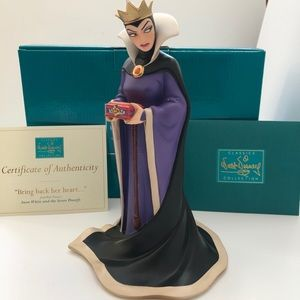 "WDCC Snow White Evil Queen ""Bring Back Her Heart."""